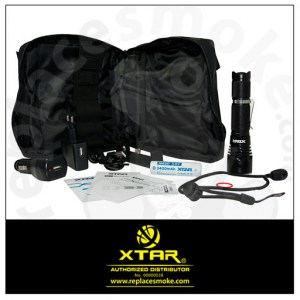 XTAR B20 1100lm Flashlight Full Set